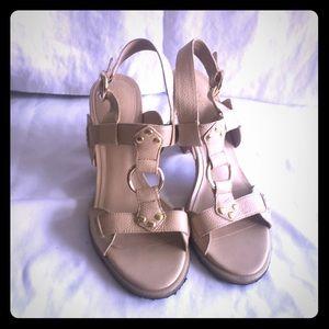 Beautiful heels Ana size 7.5